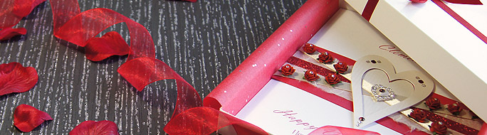 Valentines card a dozen red roses